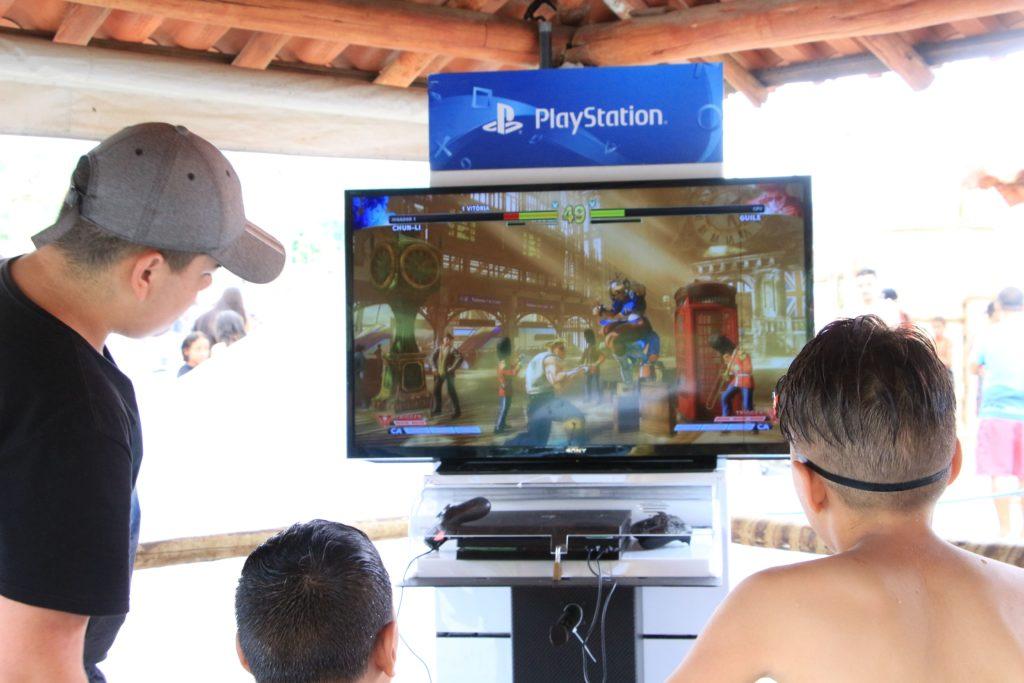 Diversão com os jogos da PlayStation no DNA