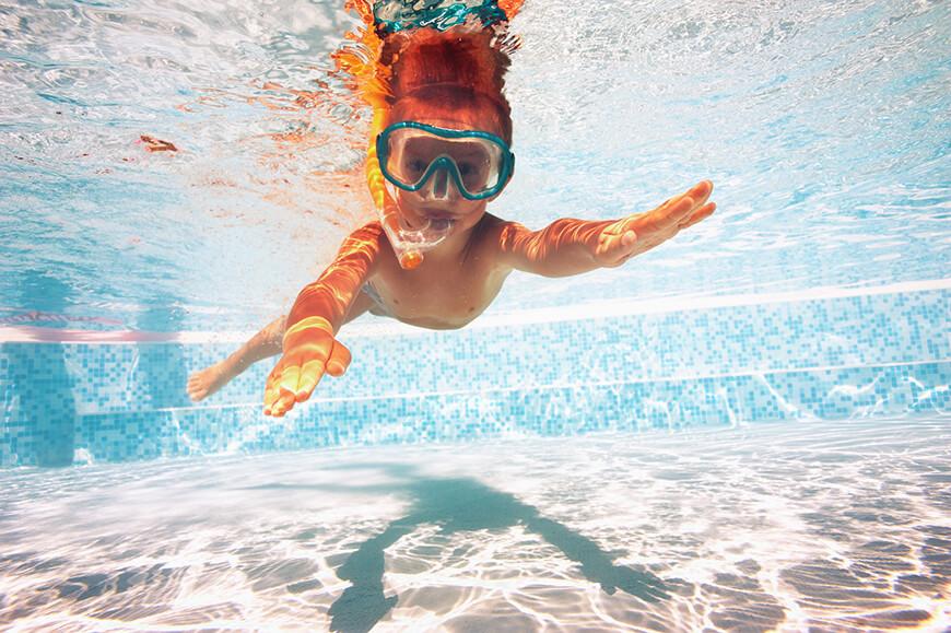 Cuidado com crianças no parque aquático: como garantir a segurança?
