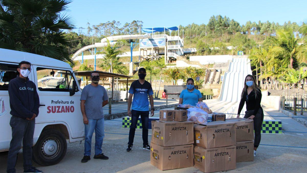 Magic City faz doação de alimentos para instituições